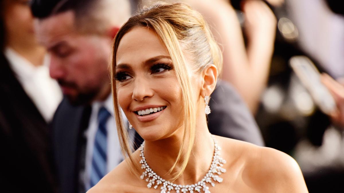 Jennifer Lopez - Chelsea Guglielmino/Getty
